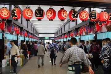 Stalls surrounding the sumo arena