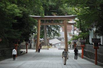 Hiraoka Shrine