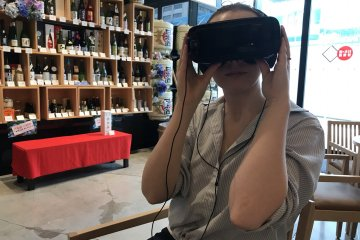 Virtual reality glasses for an amazing brewery tour