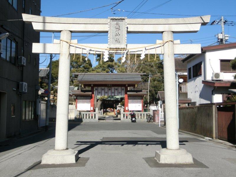 The entrance to Kumano Shrine in Katsushika
