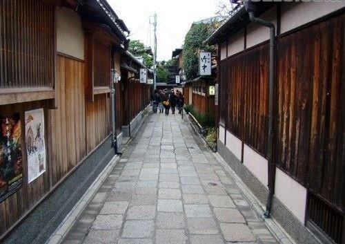 充满京都风的石塀小路