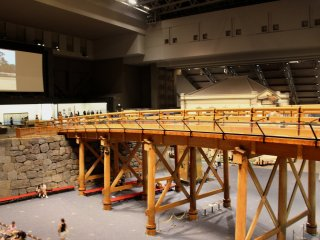 A life-sized Edo bridge