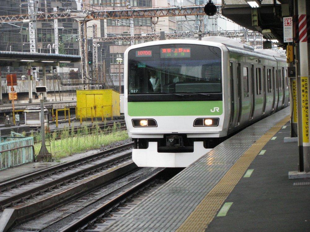 Yamanote Line train in Tokyo