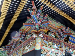 Украшения из дерева мавзолея Дзуйходэн