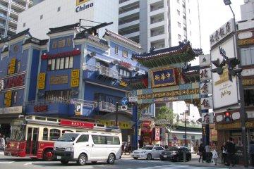 Вход в Чайнатаун Йокогамы
