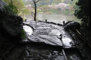 Rainy day in Korakuen Garden