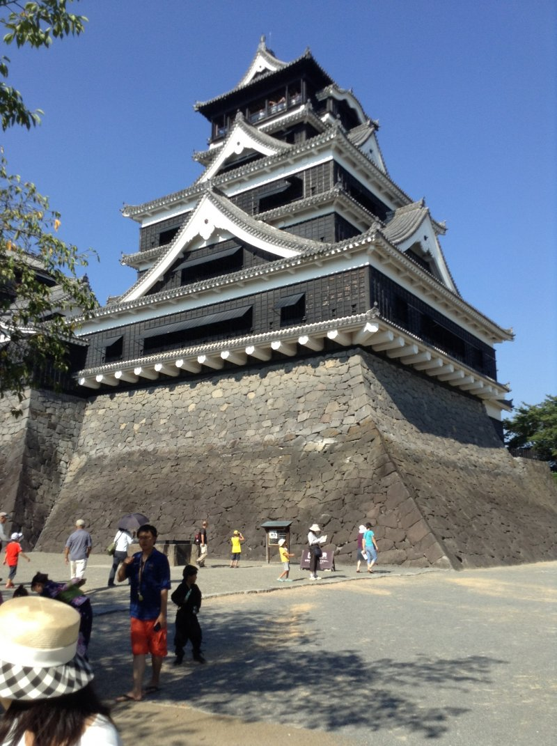 Kumamoto Castle towers over tourists that flock to see its size, beauty, and history.