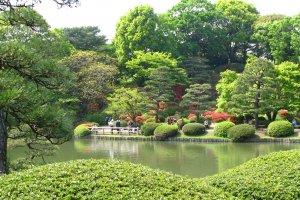 The absolutely stunning Rikugien Garden