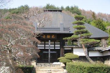Храм в сельской местности Нагано