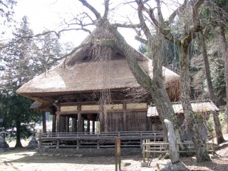 An old temple in Nagano's countryside