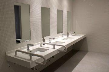 Туалеты в Японии - бесплатные!