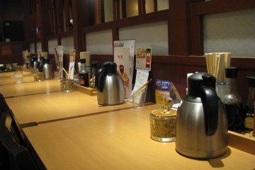 Вода в ресторанах и кафе - беслатная
