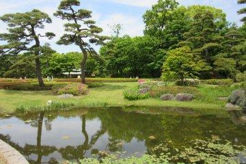 Императорские восточные сады в Токио