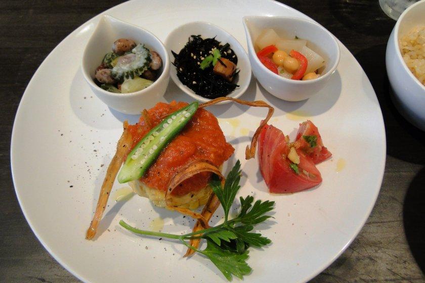 Bữa trưa đặc biệt ở Evah Dining