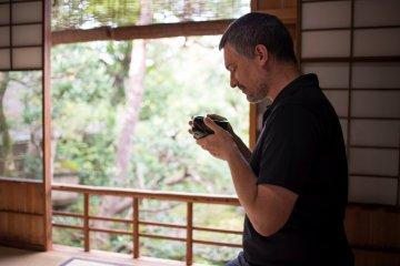 Bebiendo matcha - Residencia Samurai Nomura-ke