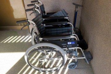 Sillas de ruedas para turistas - Ainokura