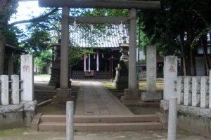 Torii entrance gate to the shrine
