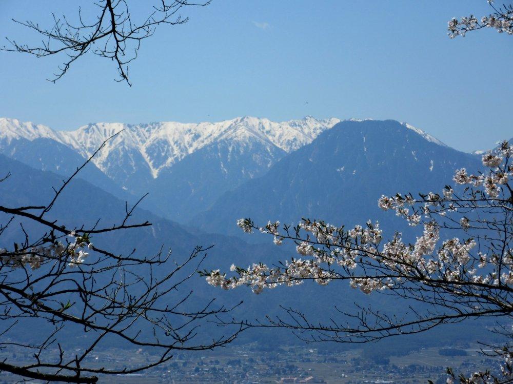 Hida Range in Nagano Prefecture