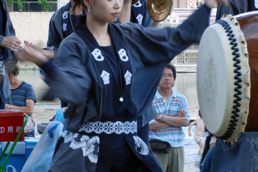 Taiko and cymbals in the streets