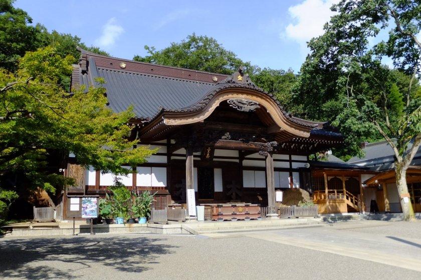 Jindai-ji Temple, Chofu City