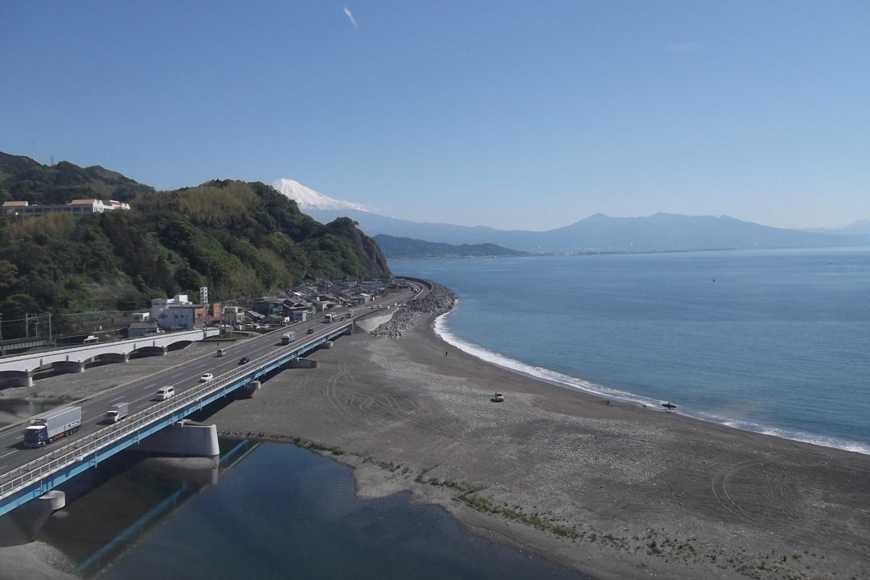 A view along the coast towards Mount Fuji
