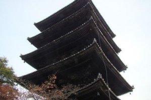 八坂之塔外观