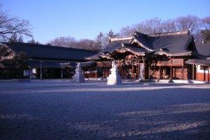 Suwa Shrine, Tachikawa City