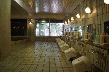 Mens' large bath at Heian no Mori Hotel Kyoto