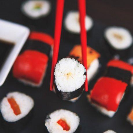 4 Japanese Dining Etiquette Tips