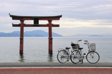 Parking up by the floating torii gate at Shirahige-jinja Shrine