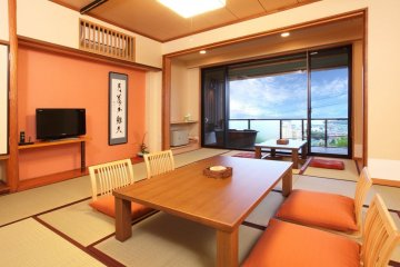 Warm interiors that overlook Lake Biwa