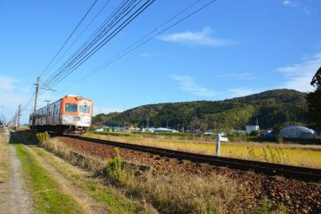 The Hokuriku Rail Road