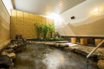 Ванны с натуральной водой из горячего источника
