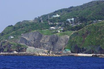 Mikurajima Port, Mikurajima Island