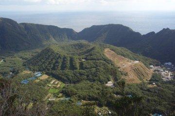 Mt. Maruyama, Aogashima Island