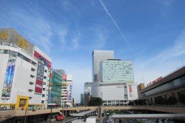 Привокзальная площадь (JR Sendai)