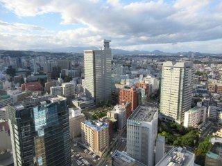 Сендай выглядит как любой современный город мира