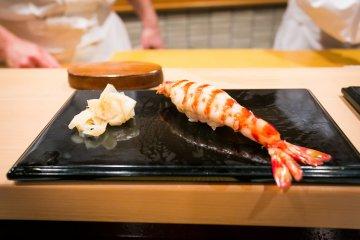 Kuruma-ebi, tiger prawn sushi