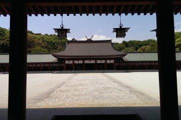 Kashihara Jingu which enshrines Emperor Jimmu