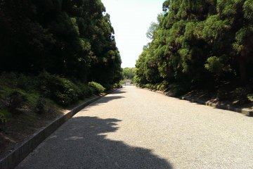 The approach to Emperor Jimmu's tomb