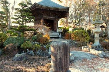 Octagon treasure house at Fukugenji