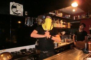 Ninja đeo mặt nạ