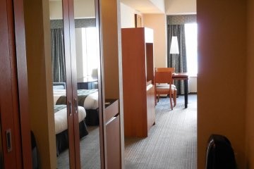 Executive Twin room - a very spacious closet with space for the many fabulous clothes you have