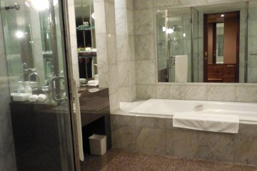 Imperial Suite room - the luxury bathroom
