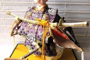 """Кукла """"самурай"""" в традиционном костюме"""
