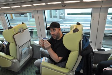 Shimakaze train: souvenir stapler