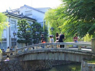 The bridge over Kurashiki River