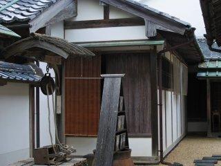 The scenery by Onari Gate