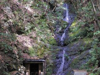 The great scenery of Magose Fudo Falls