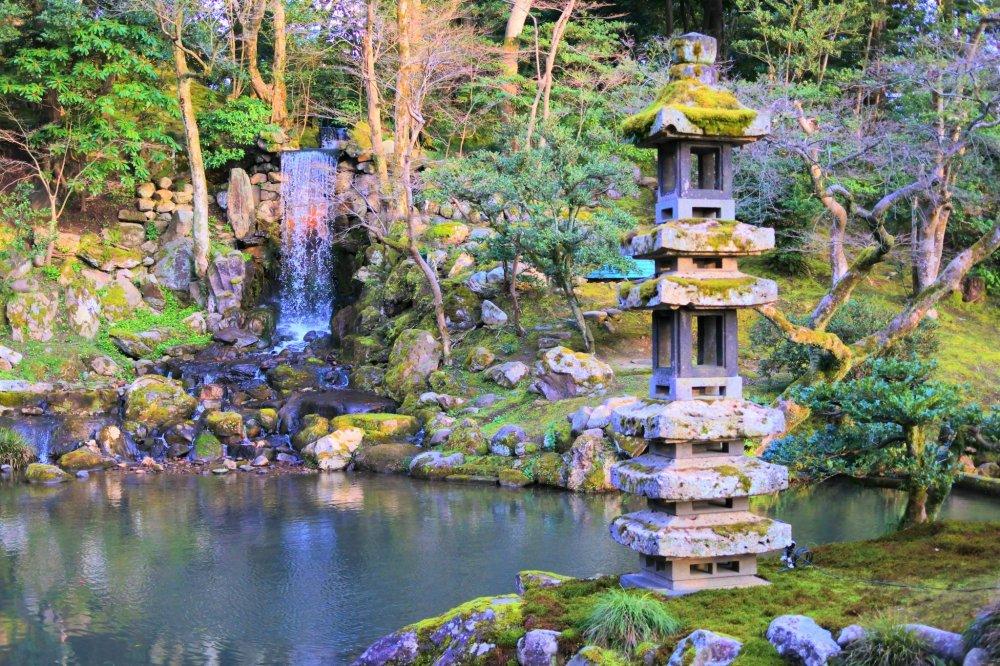 瓢池の景色 2